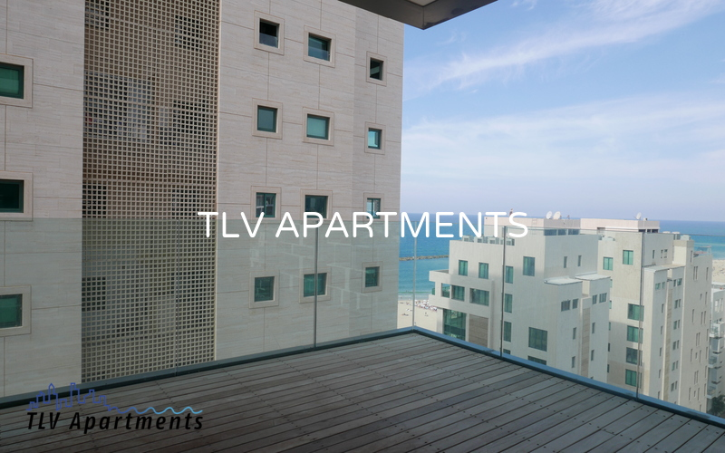 High floor apartment with sea view