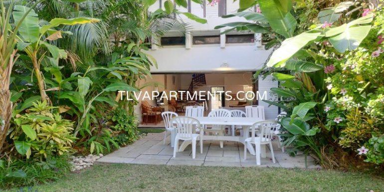 Villa in a luxury complex