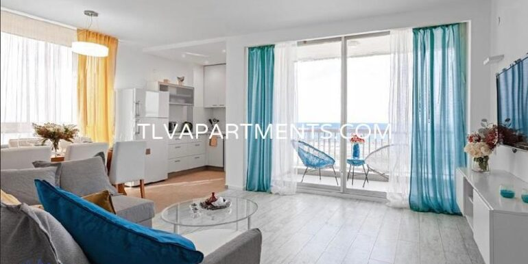 Apartment First line on the beach