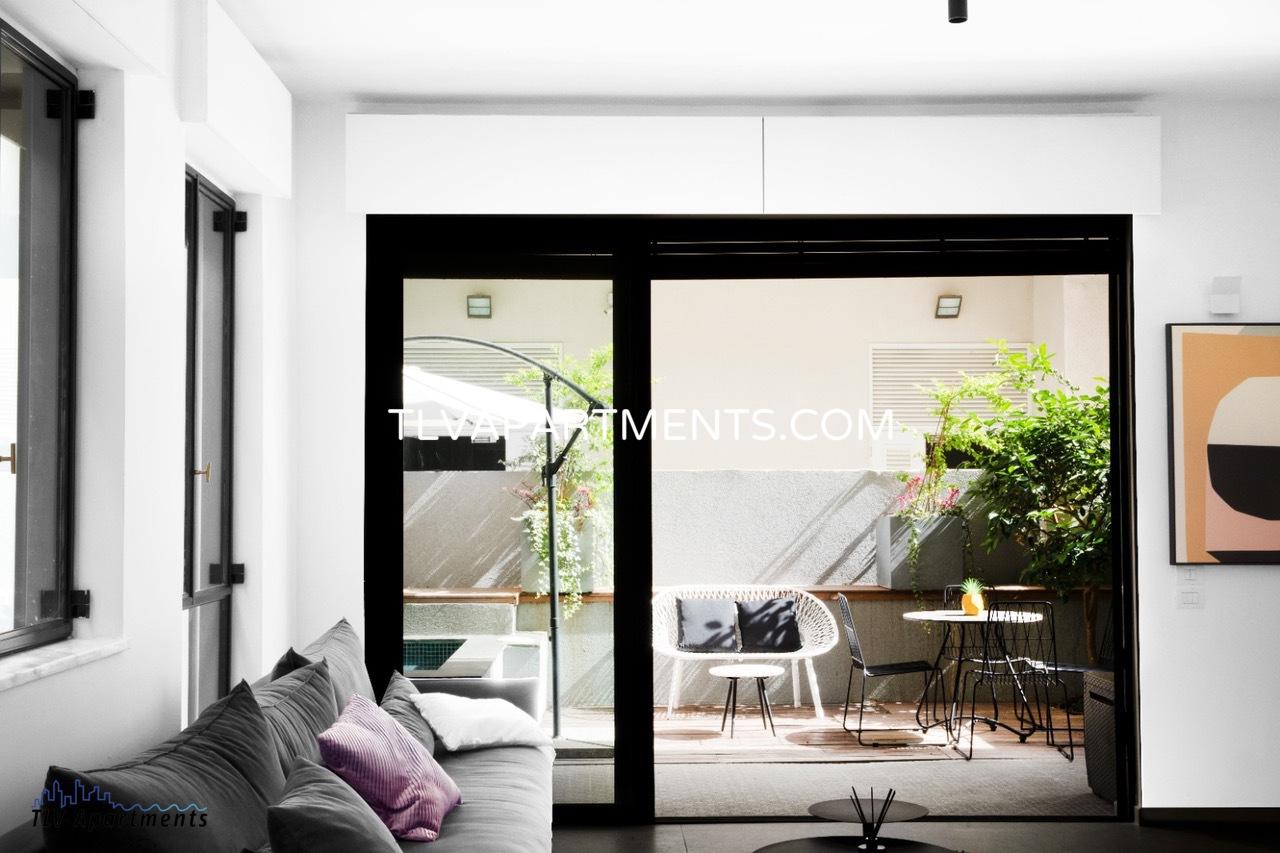 Квартира с садом в эклектичном доме