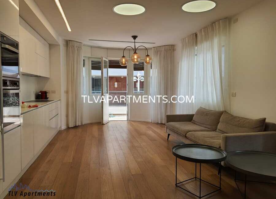 Beautiful apartment in an amazing bauhaus building