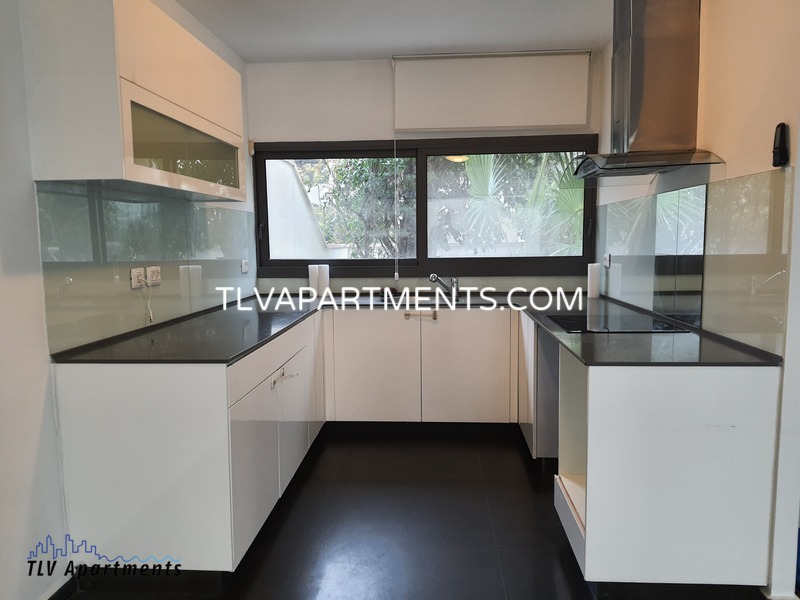lighted and quiet spacious renovated villa