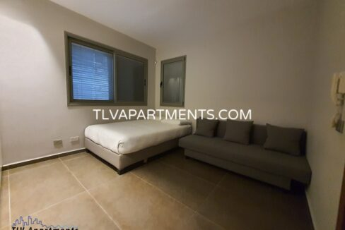 Amazing fully furnished apartment near the beach
