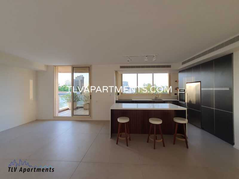 Luxury sea view mini penthouse