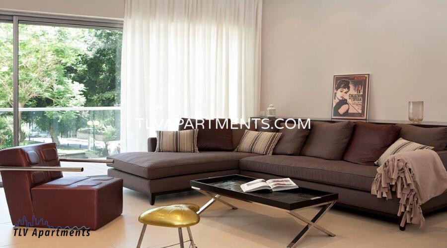 beautiful designed apartment near Hilton Beach