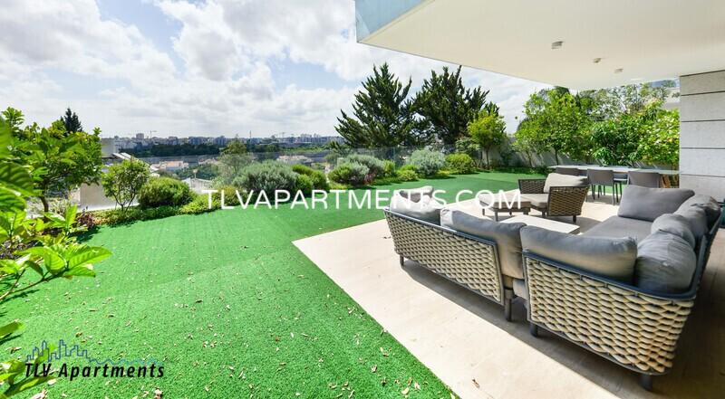 A spacious duplex garden apartment in Herzliya Bet